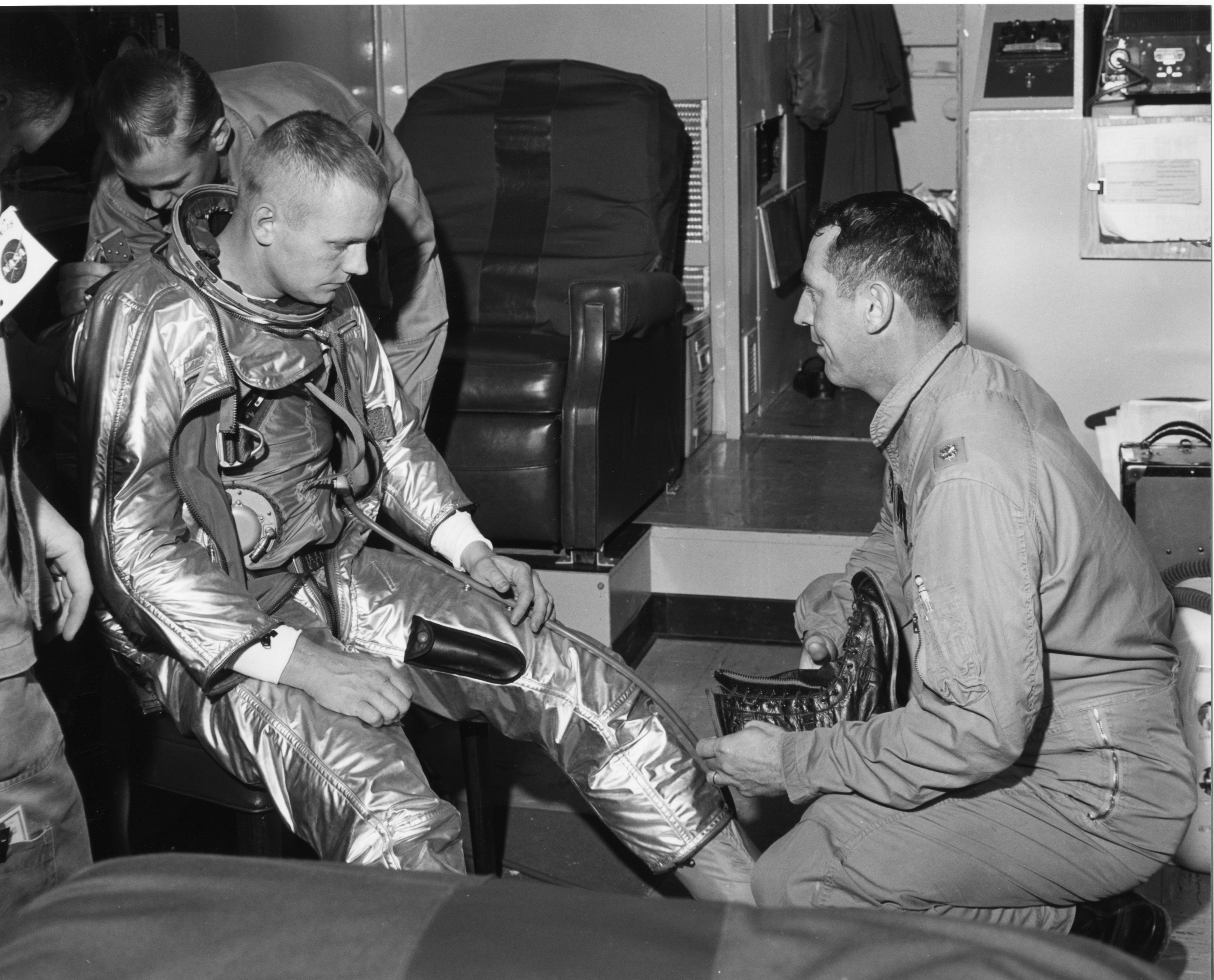 A History Of Us Spacesuits