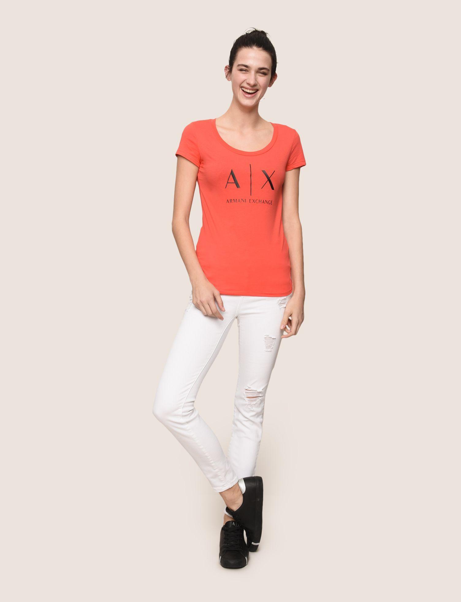 c27627e3 ARMANI EXCHANGE CLASSIC LOGO SCOOPNECK Logo T-shirt Woman d | Армани ...