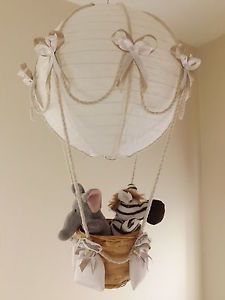 Hot air balloon lamplight shade jungle circus boy girl baby explora decoracion bebe ideas para cuartos y mucho ms aloadofball Images