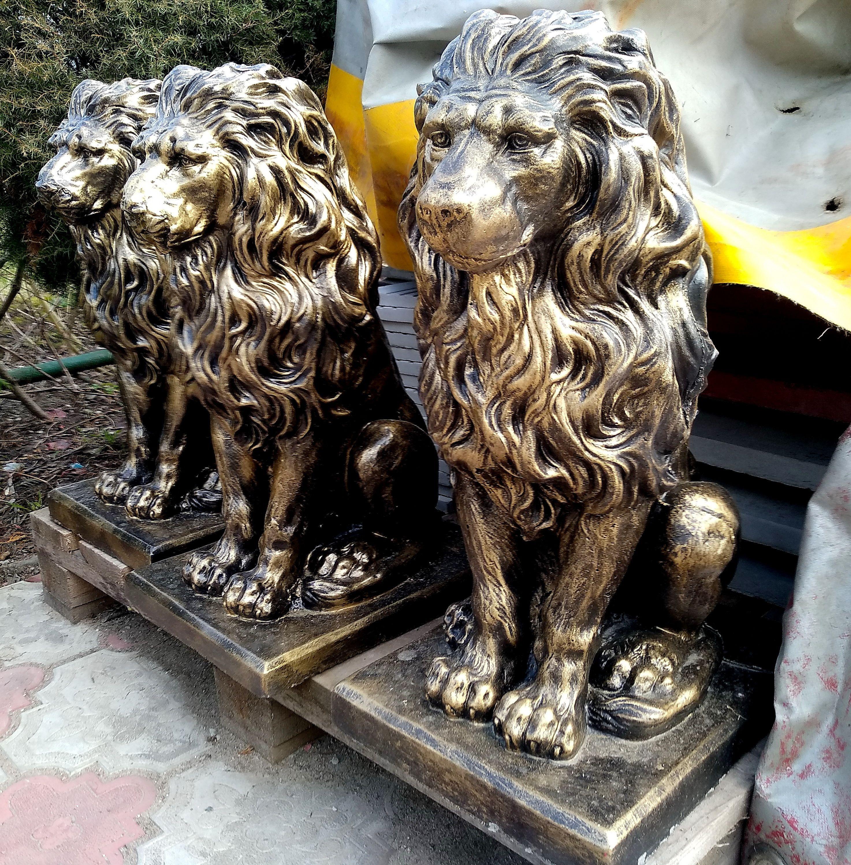 Скульптура лев купить бетон марки керамзитобетона для стяжки пола