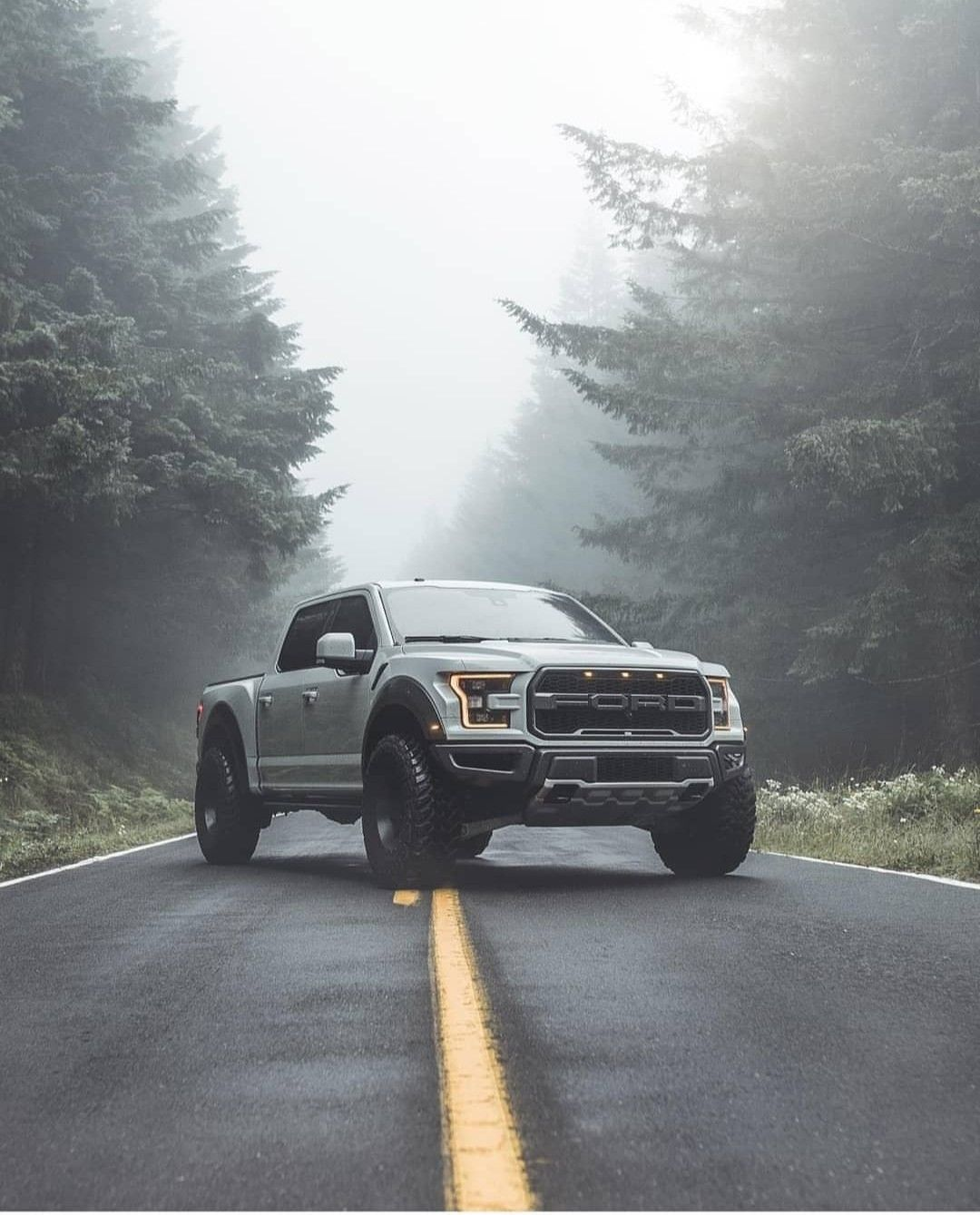 Ford pickup Ford raptor, Super cars, Best luxury cars