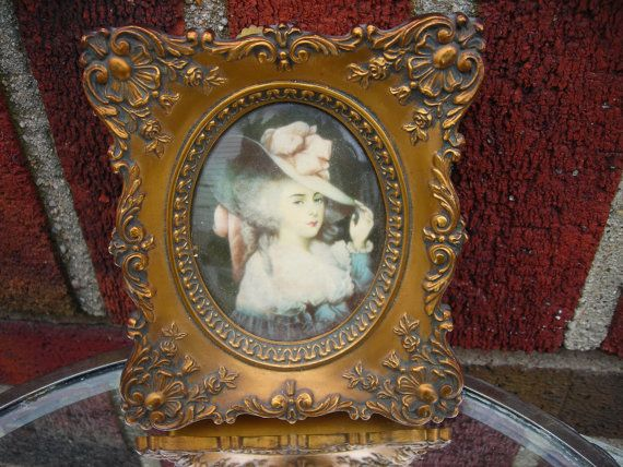 vintage wall hanging picture frame a cameo by pinkwilly506 on Etsy, $34.00