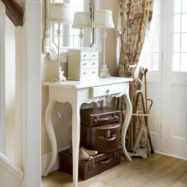 Wohnideen Country klassische möbel wohnideen für den flur koffer tischlen tisch