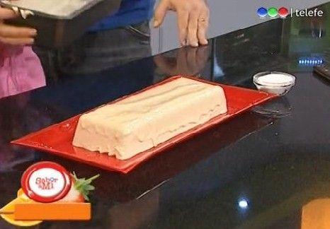 Título          de la receta: Terrina de atún  Autor:      Maru     Botana  Programa: Sabor a Mí  Fecha de emisión: 12/08/2010     Ingre...