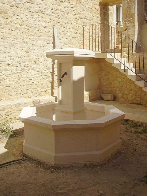 Les fontaines centrales   Fontaines de jardin en pierre naturelle ...