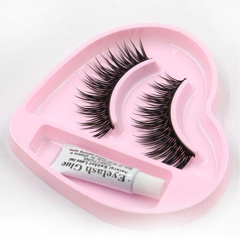 How To Get False Lashes Off Without Any Damage (With