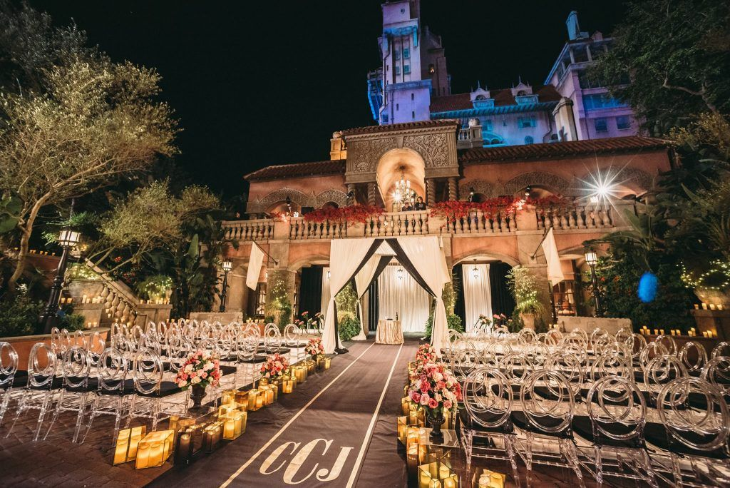 Tower of Terror Courtyard – Disney's Hollywood Studios #weddingguide