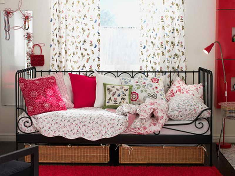 College Bedroom Decorating Ideas Daybed With Trundle Ikea Cheap