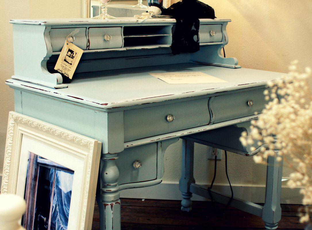 color ideas to repaint my vintage desk shabby chic desk on desk color ideas id=55925
