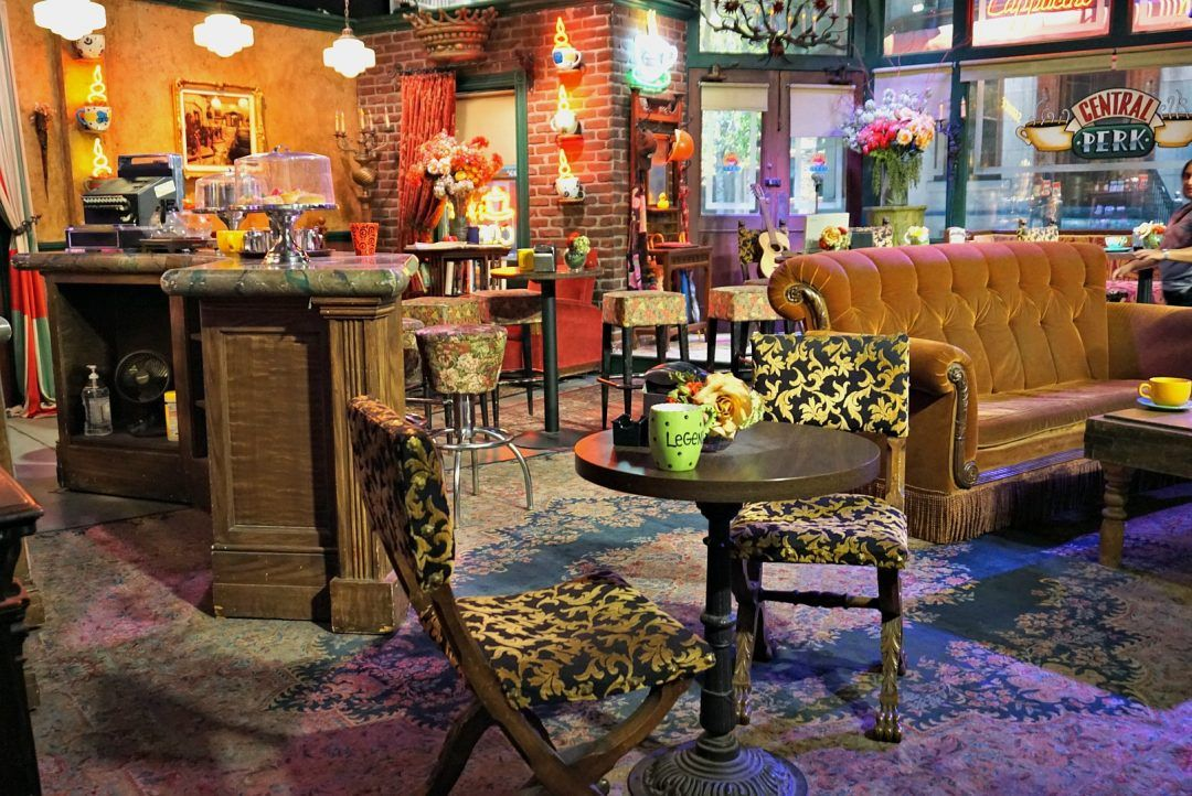 Calling All Friends Fans Visit The Real Central Perk This Darling World Central Perk Friends Central Perk Friends Cafe