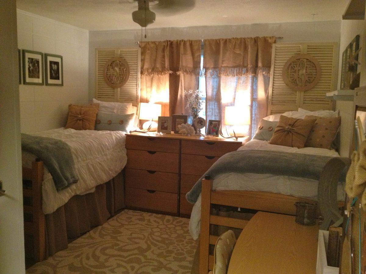 Romantic style dorm room college dorm rooms dorm room - Small dorm room ideas ...
