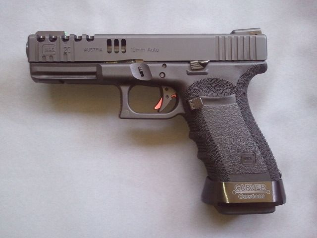 Glock 20 (custom) in 10mm, bad-ass big bore | Bear Your Arms