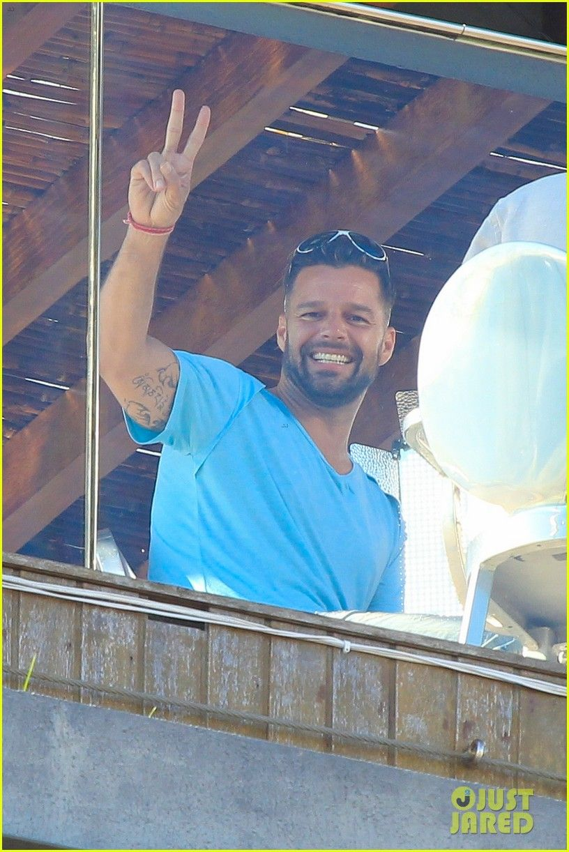 Ricky Martin Films Music Video For World Cup Song Vida In Rio Ricky Martin Films Music Video For World Cup 05 P World Cup Song Ricky Martin Music Videos