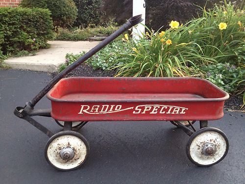 Radio Flyer Special Red Wagon