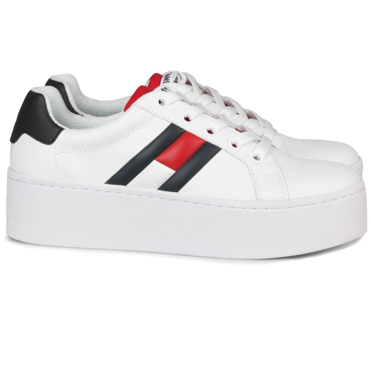 Tommy Hilfiger damesschoenen.. Witte sneaker met plateauzool ...