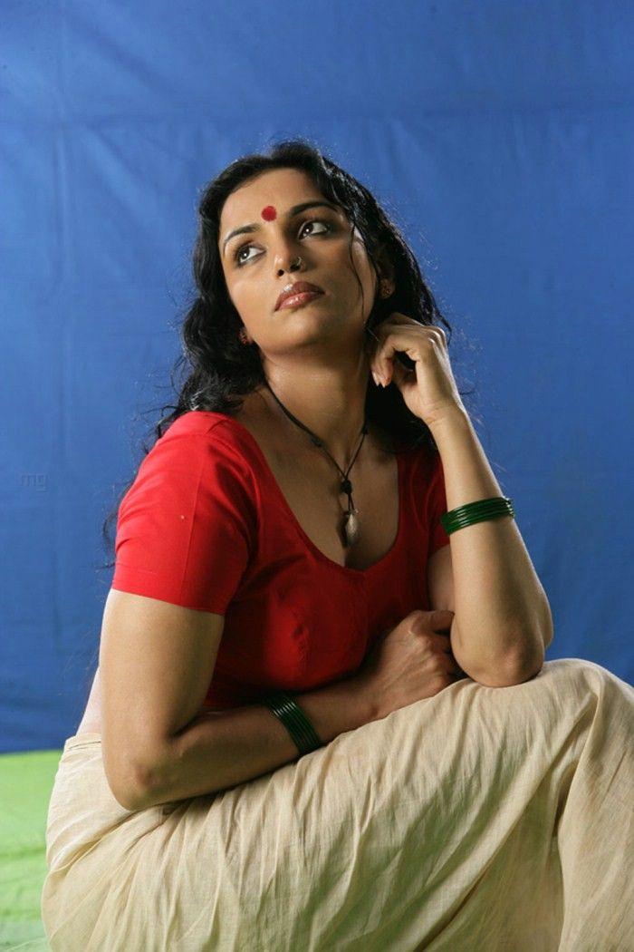 Swetha Menon, Thaaram (Kayam)