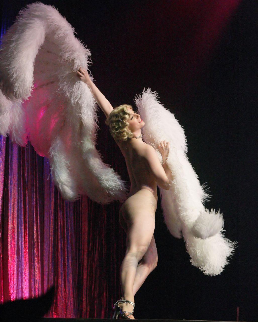 7fa5510a4070 Michelle L amour - Google Search   Burlesque   Burlesque, Dance und ...