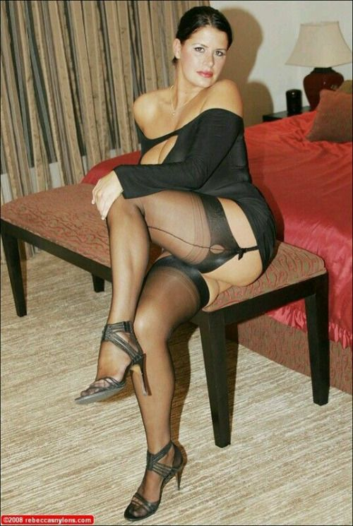 Wifes sexy leggs