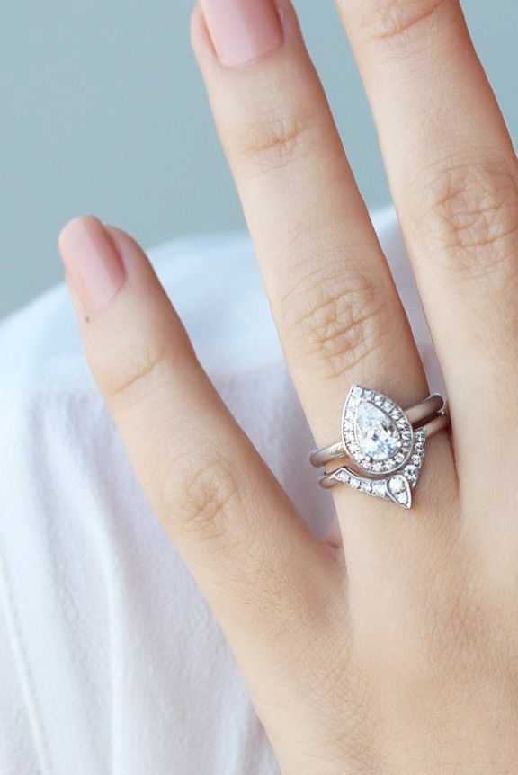 Ahh Vintage Style Engagement Rings Canada Pear Shaped Diamond Engagement Rings Stacked Wedding Rings Stacking Wedding Rings Sets
