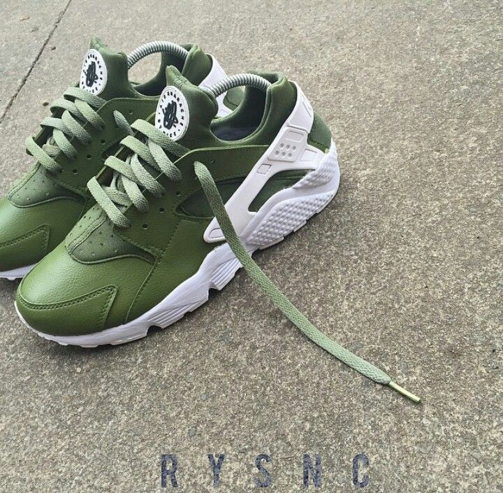 brand new 8d74a 391d6 Army green huarache | Sneakers | Nike shoes, Nike free shoes ...