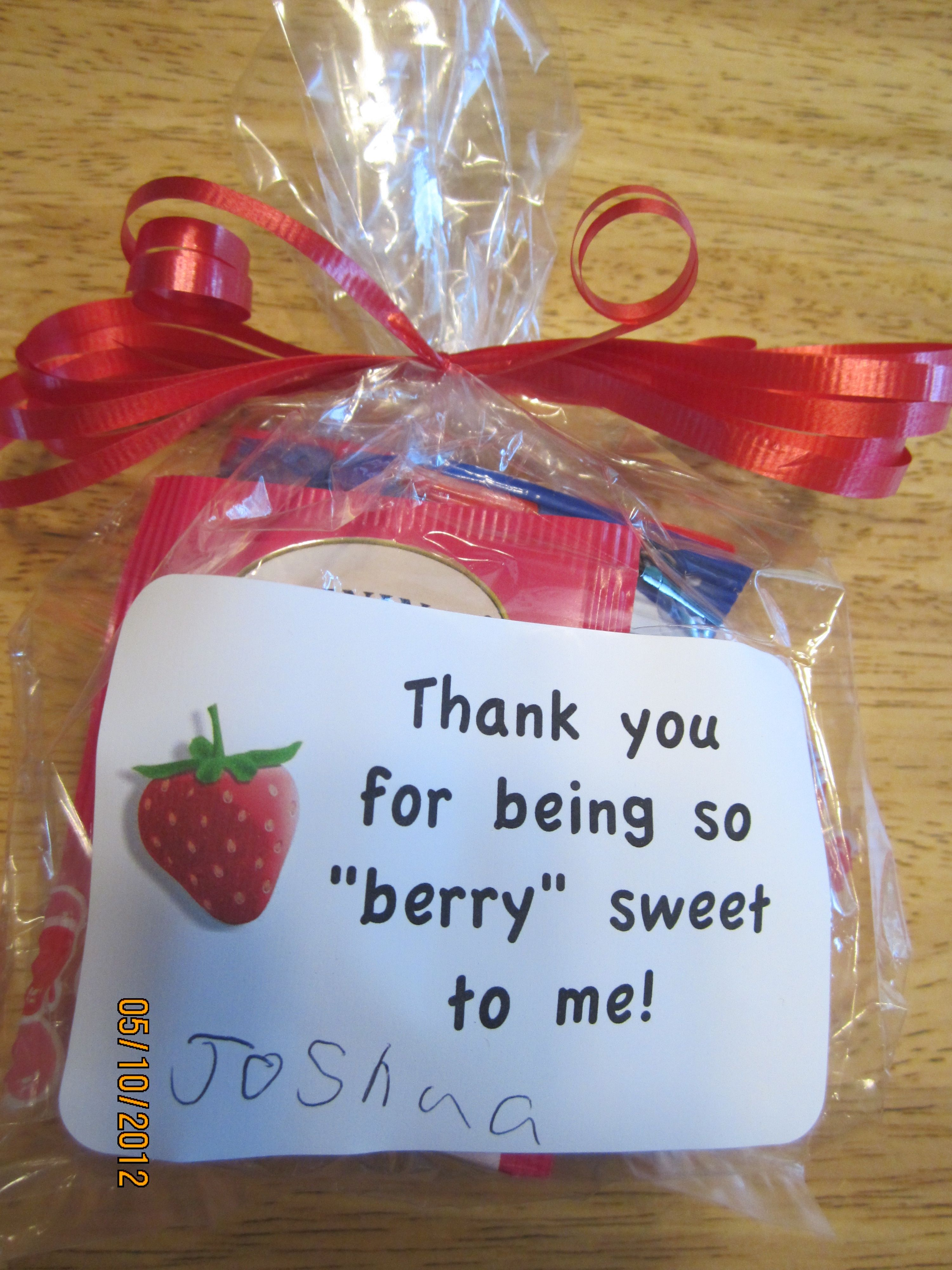 A Simple, Easy, Inexpensive Teacher Thank You Gift