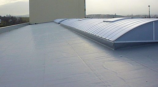 Epdm Is A Type Of Rubber Roofing Material That Is Common On Low Slope Roofs Read Everything You Need To Know Home Window Repair Roof Cost Epdm Rubber Roofing
