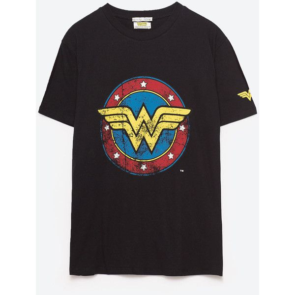 WONDER WOMAN T - SHIRT-Se alle varer-T-SHIRTS-DAME | ZARA Danmark (€54) ❤ liked on Polyvore featuring tops and t-shirts