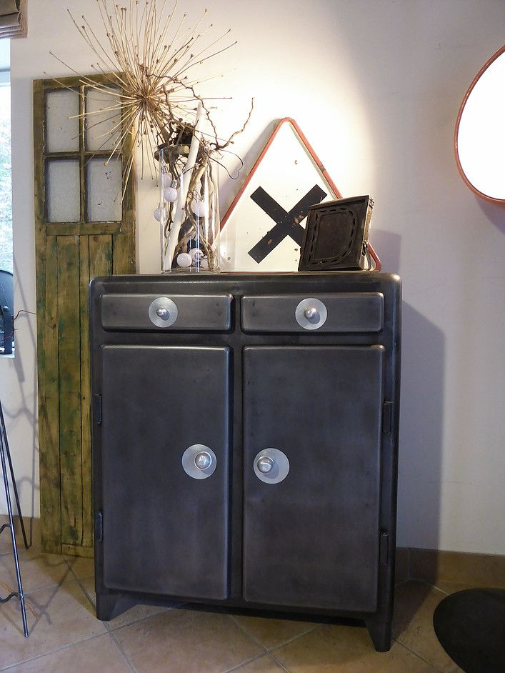 Meuble ancien réstauré, vintage métal années 50u0027 ; armoire, buffet
