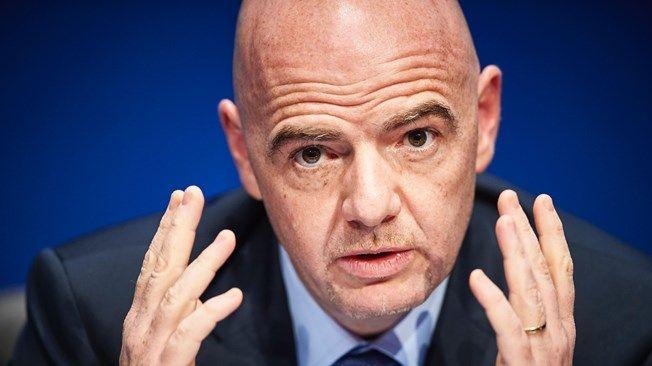 El presidente de la FIFA lamentó la atentado en partido de fútbol (video)