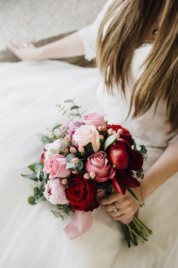 32 Impossibly Pretty Rose Bouquets