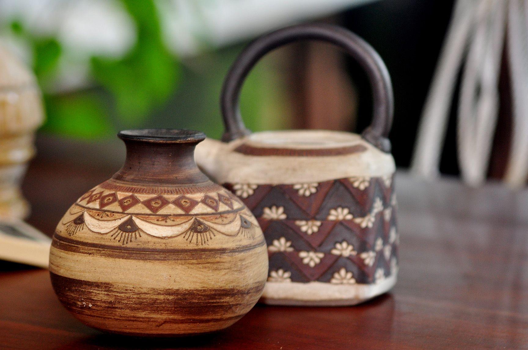 Handmade Ceramic Products By D G H Gunewardane Sri Lankan Rural Crafts At Nuga Gama Cinnamon Grand Colombo 2 Handmade Ceramics Ceramic Art Crafts