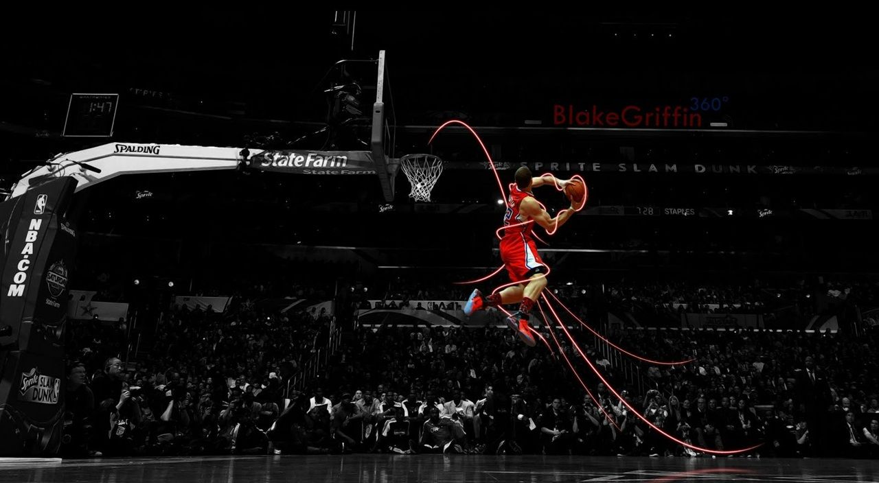 Blake Griffin 360 Slam Dunk Contest Basketball Wallpaper Basketball Wallpaper Blake Griffin Derrick Rose Wallpapers