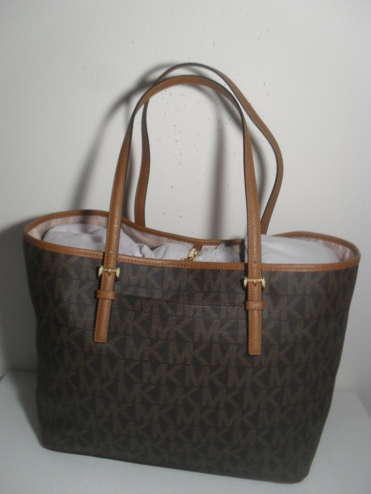 a1d5e76134cdf NWT Michael Kors Jet Set Brown MK Signature Carryall PVC Large Tote Shopper  Bag  127.55