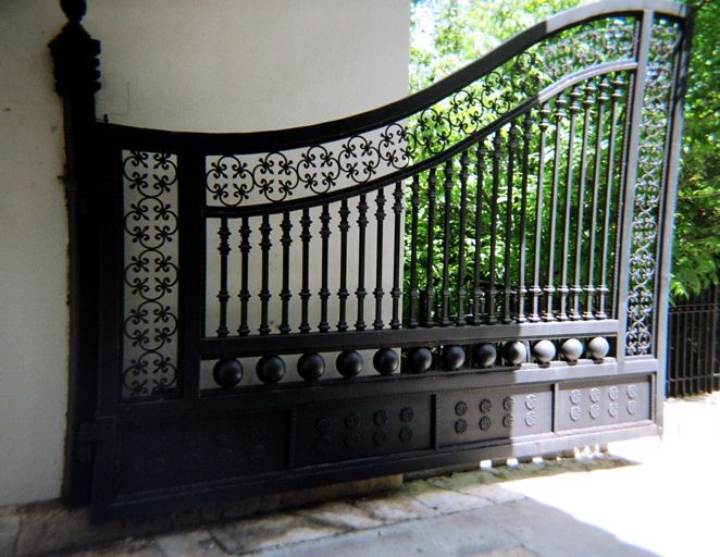 Factory Direct Custom Wrought Iron Gates In 2020 Wrought Iron