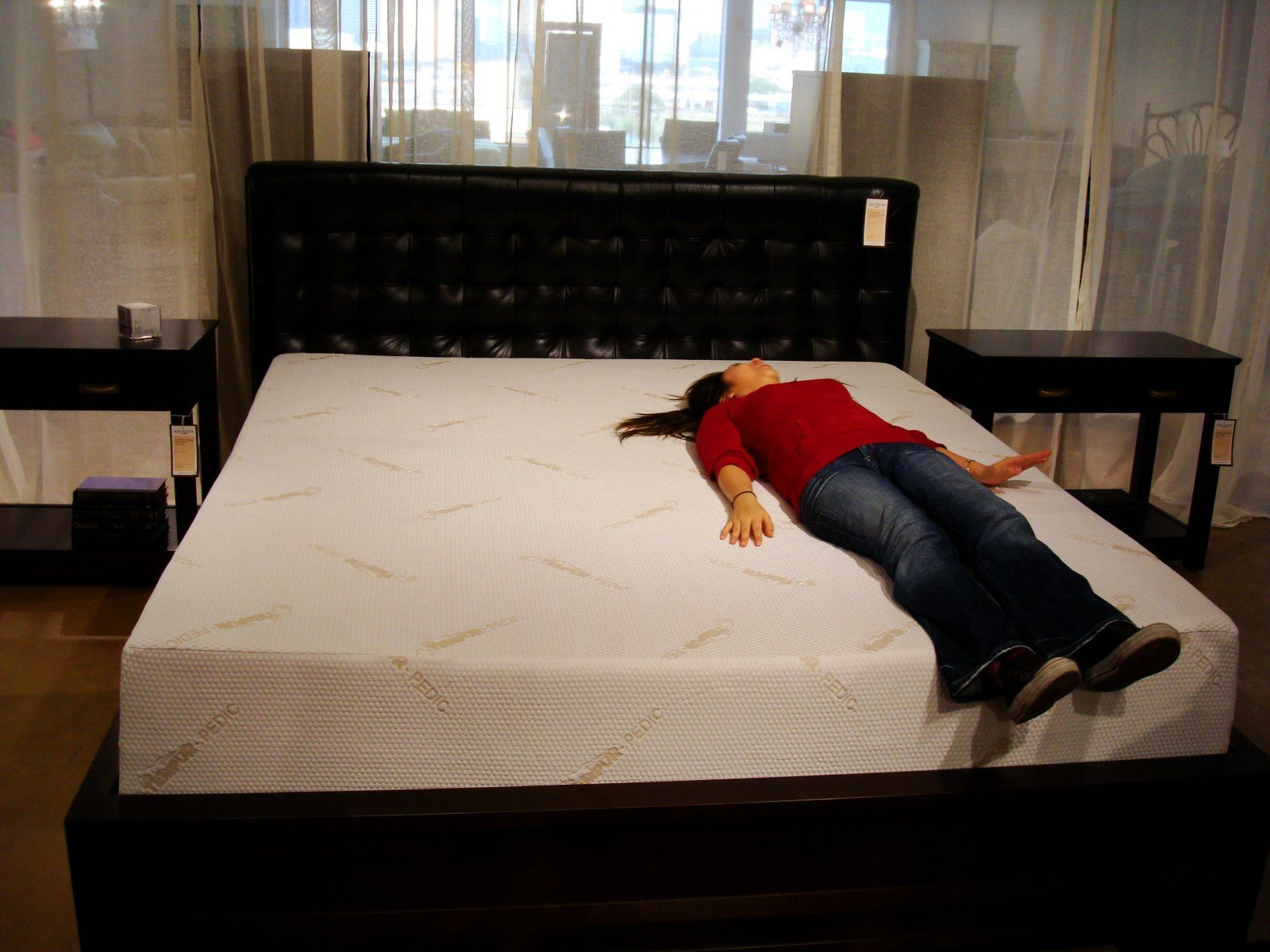 4 Words  King Sized Tempurpedic Mattress   My Kind of Heaven     4 Words  King Sized Tempurpedic Mattress