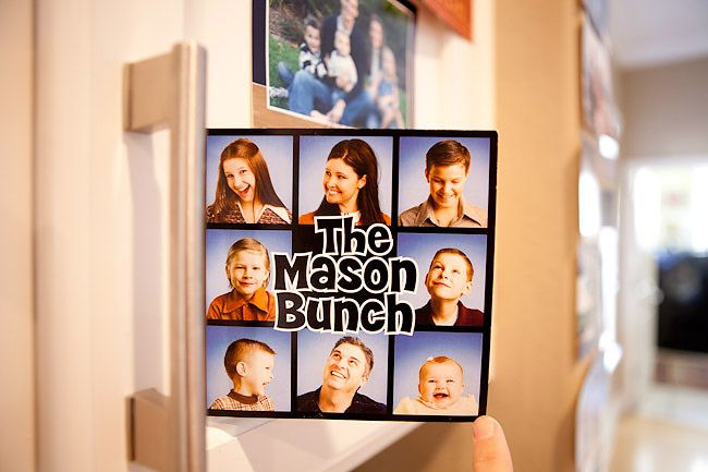 Brady Bunch Style Could Do The Morris Bunch With The Eight Cousins Family Christmas Card Photos Family Christmas Cards Christmas Photo Cards