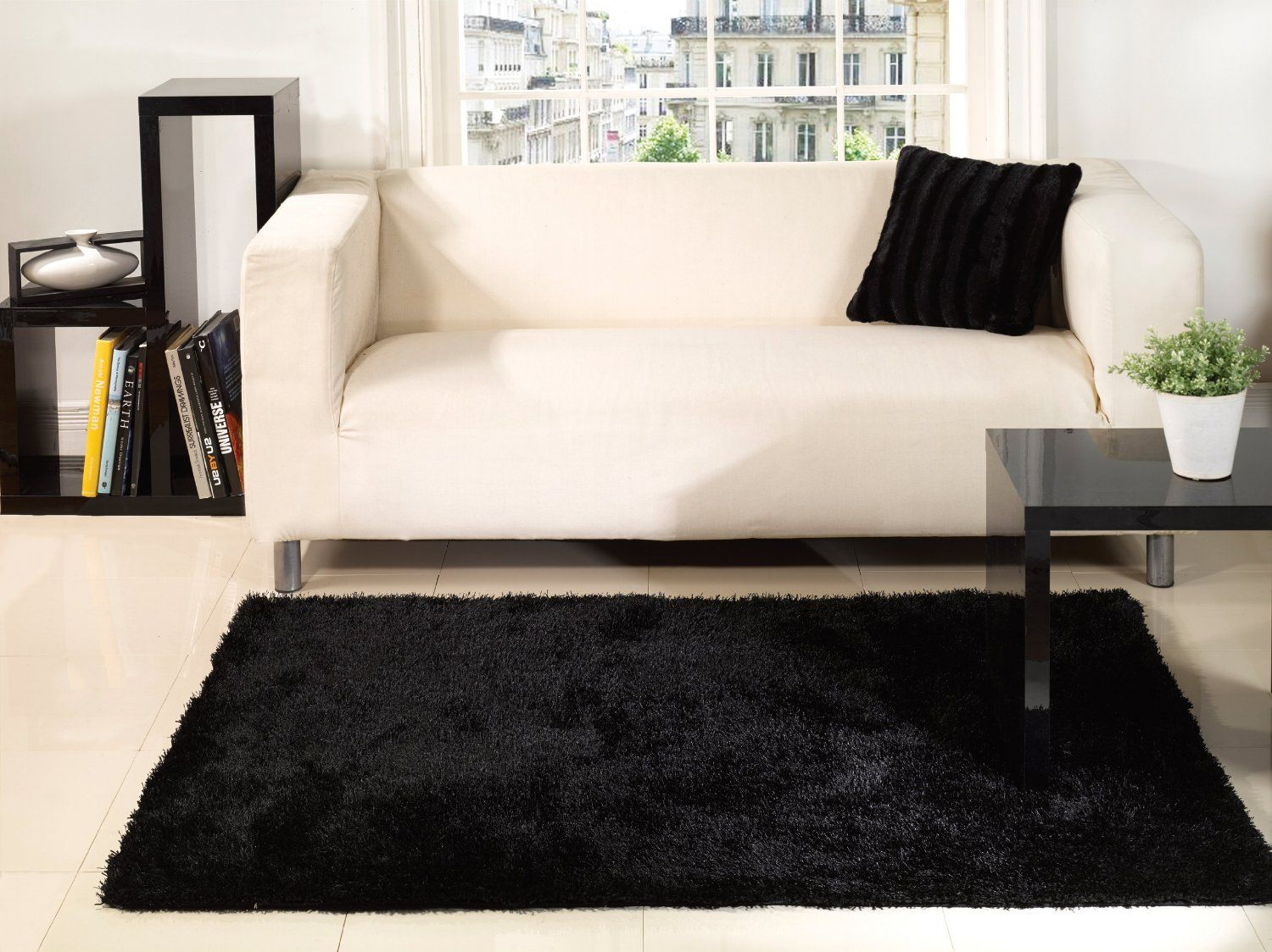 Beautiful Fluffy Rugs For Interior Decoration Soft Comfortable Modern Black White Fluffy Rug Inspiration Offering St With Images Black Carpet Plain Rugs White Fluffy Rug