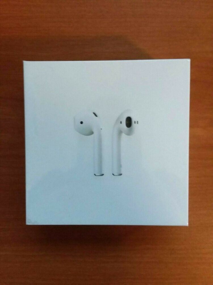 Apple Airpods 1st Generation With Charging Case Brand New Mmef2ch A Free Ship Apple Airpods In Ear Apple Ebay