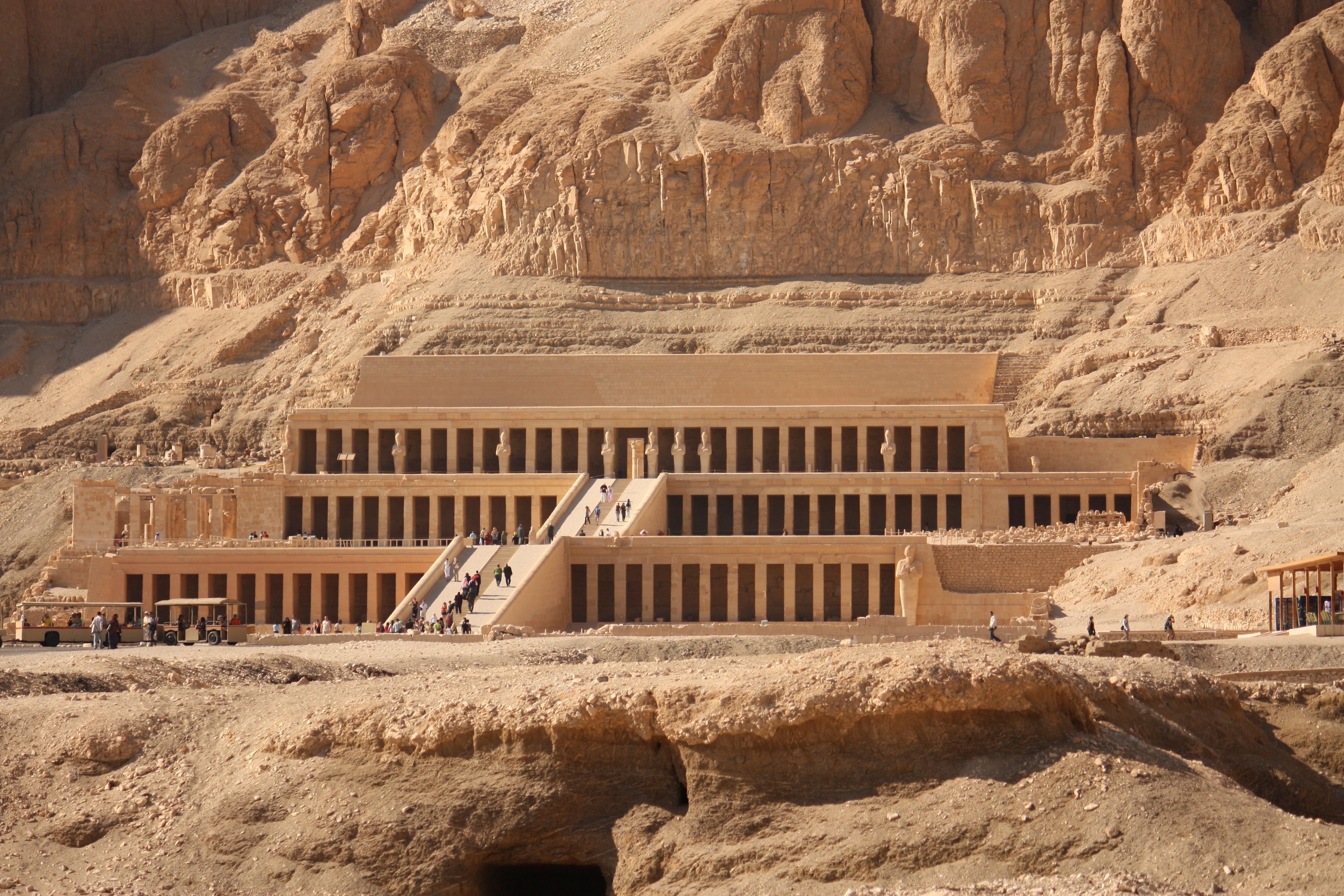 10 Top Tourist Attractions In Egypt Valley Of The Kings Take A Quick Break Egypt Tours Valley Of The Kings Luxor