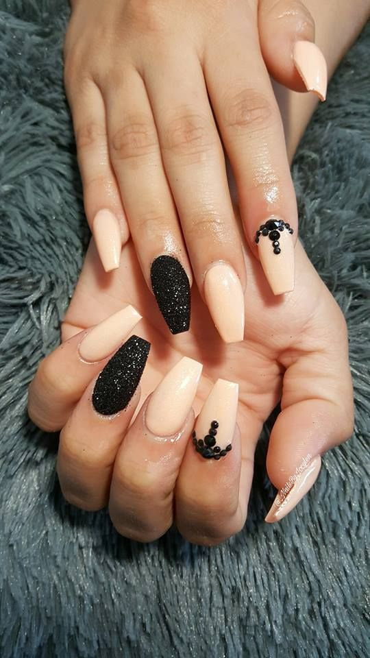 46 Super Gorgeous Prom Nail Art Designs To Try This Year | Pinterest ...