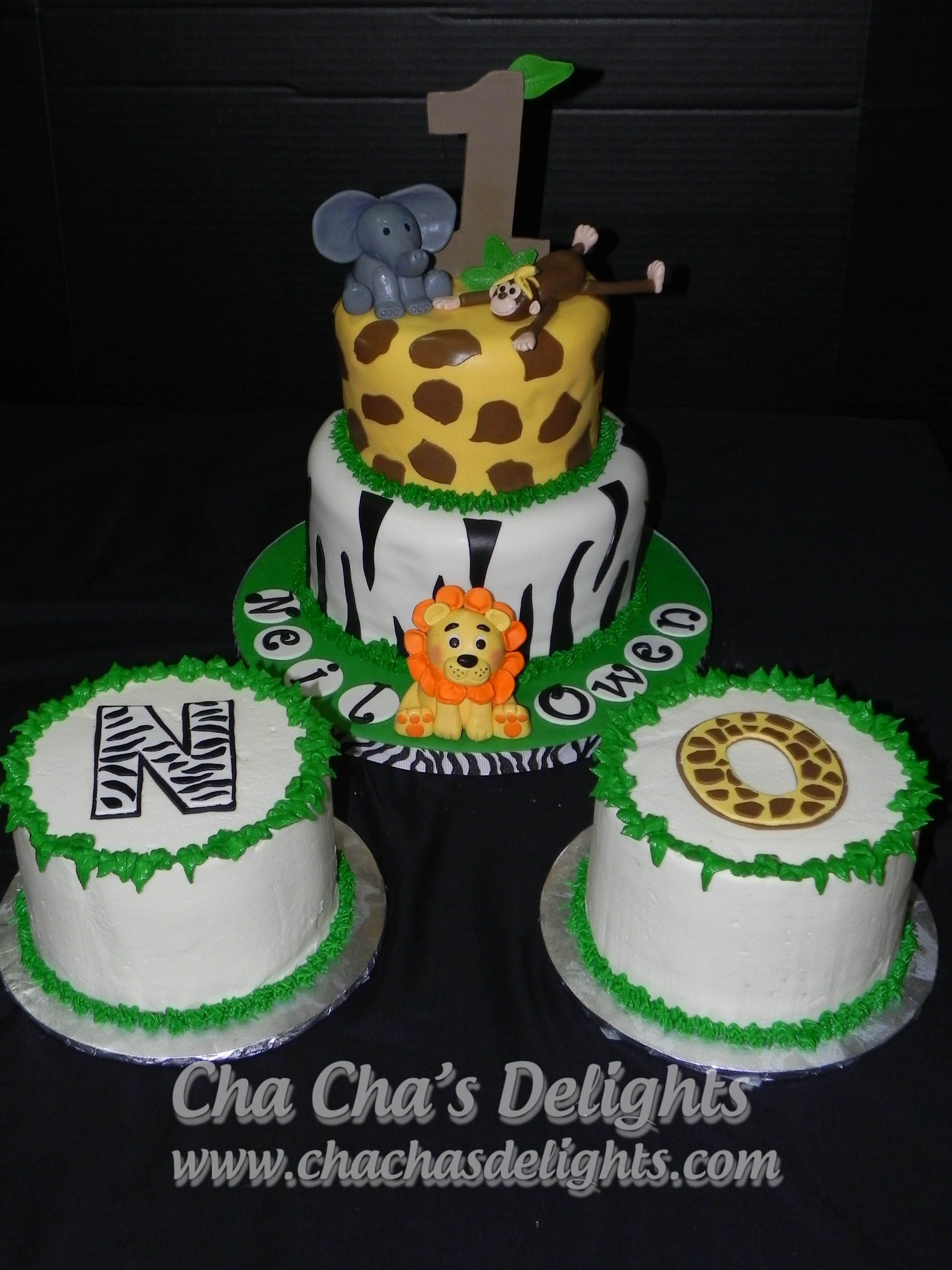 Safari 1st Birthday Cake And Smash Cakes Bottom Tier Red Velvet