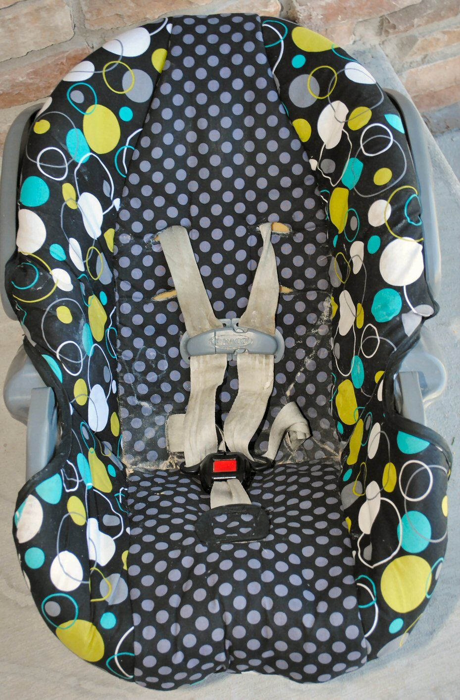 Infant/Toddler Car Seat Cover Tutorial: How to Cover a Baby Car Seat ...