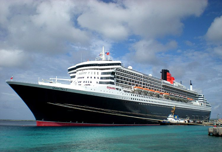 Travel Spotting: A Leisurely Afternoon Aboard Cunard's Queen Mary 2
