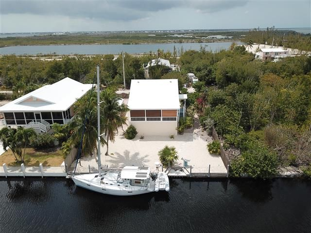 2047 Bahia Shores Road in 2020 | Florida keys vacation ...