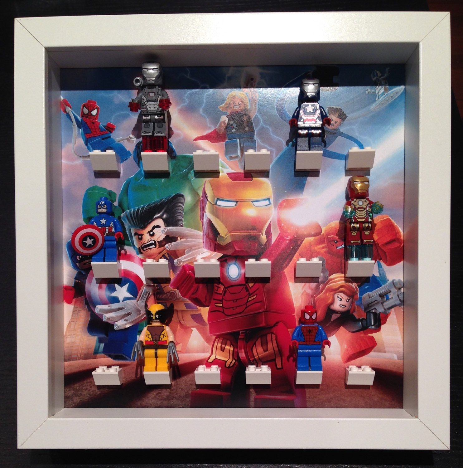 Lego Minifigure Display Frame Marvel Comics Heroes and Villains superheroes