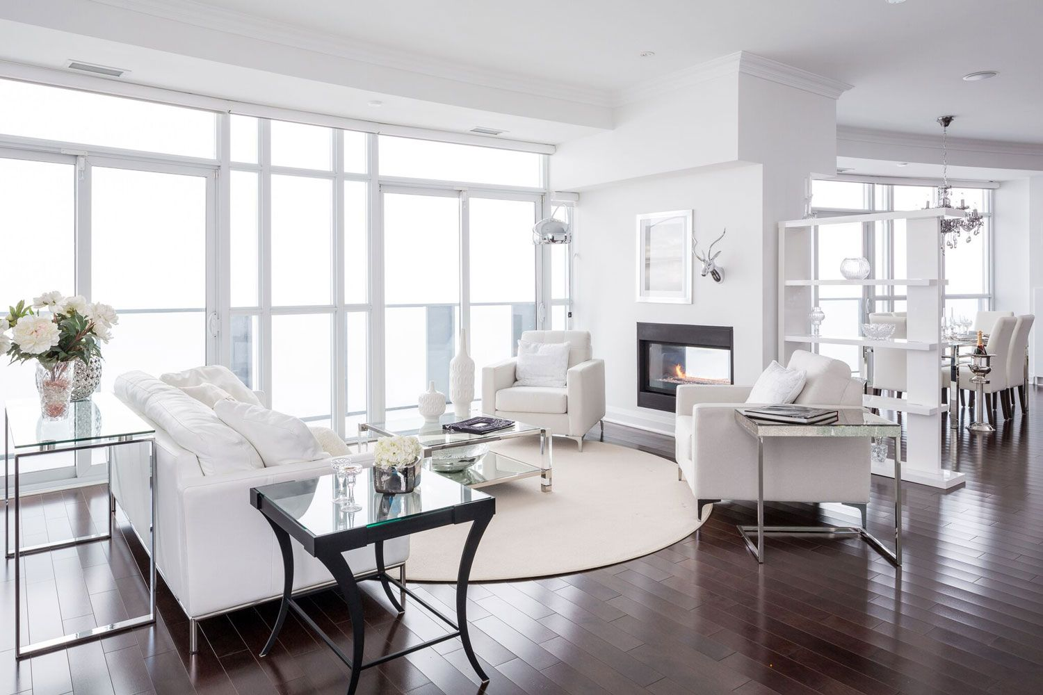 Modern Glamorous Condo Project in the Heart of Mississauga Nicola