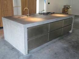 Küchenabdeckung Beton kookeiland robuust en betonwoog té zwaar project j s