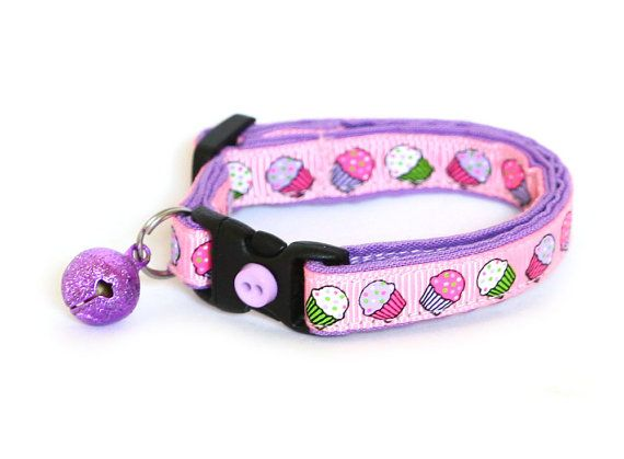 Cupcakes on Purple! Cat Collar