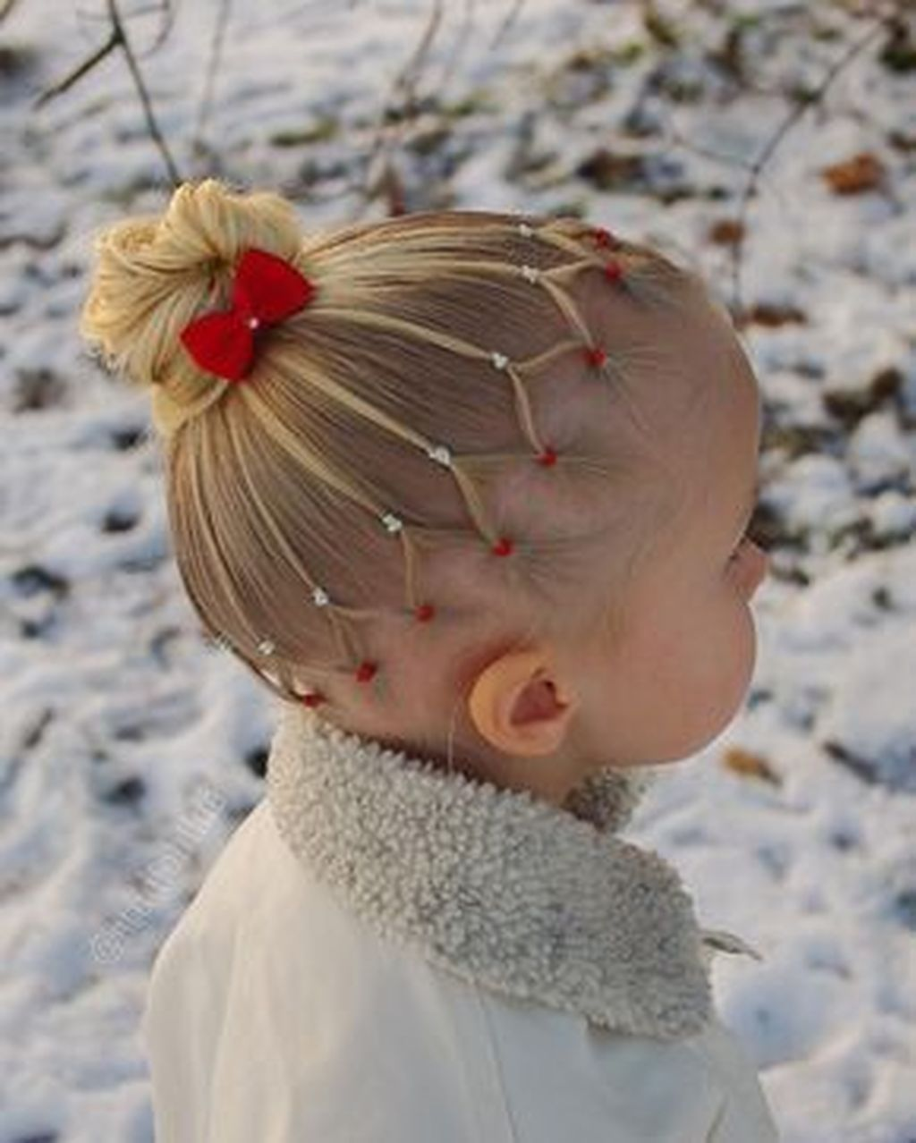 50 Pretty Christmas Hairstyles For Your Little Girls Girl Hair Dos Toddler Hairstyles Girl Little Girl Hairstyles