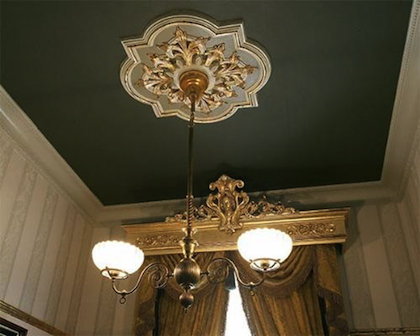 Painted Ceiling With Medallion Would Be Great For The High Ceilings In The Stairwell Pop Ceiling Design Ceiling Decor Bedroom Pop Design